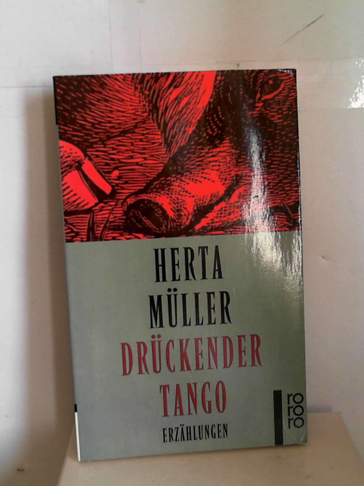 Drückender Tango. Erzählungen [Perfect Paperback] Herta Müller - Herta Müller